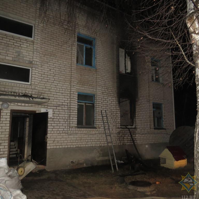Прошлой ночью в Борисове горело административно-бытовое здание. Погиб человек 1
