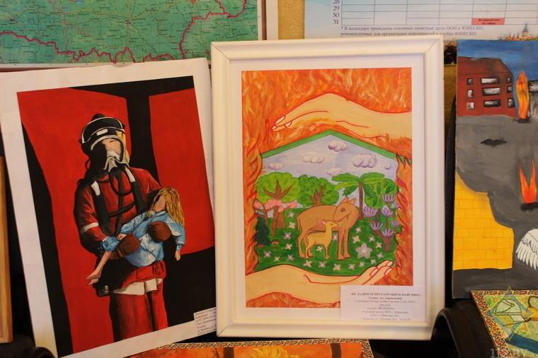 Десятки работ представили юные борисовчане на конкурс о спасателях. И вот некоторые из них 2