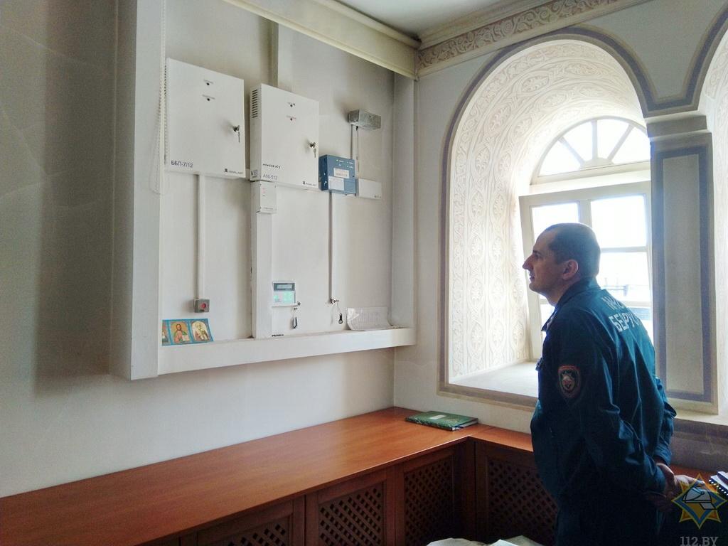 МЧС проверяет церкви на пожарную безопасность перед Пасхой 2